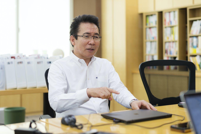 米津 健一代表取締役社長