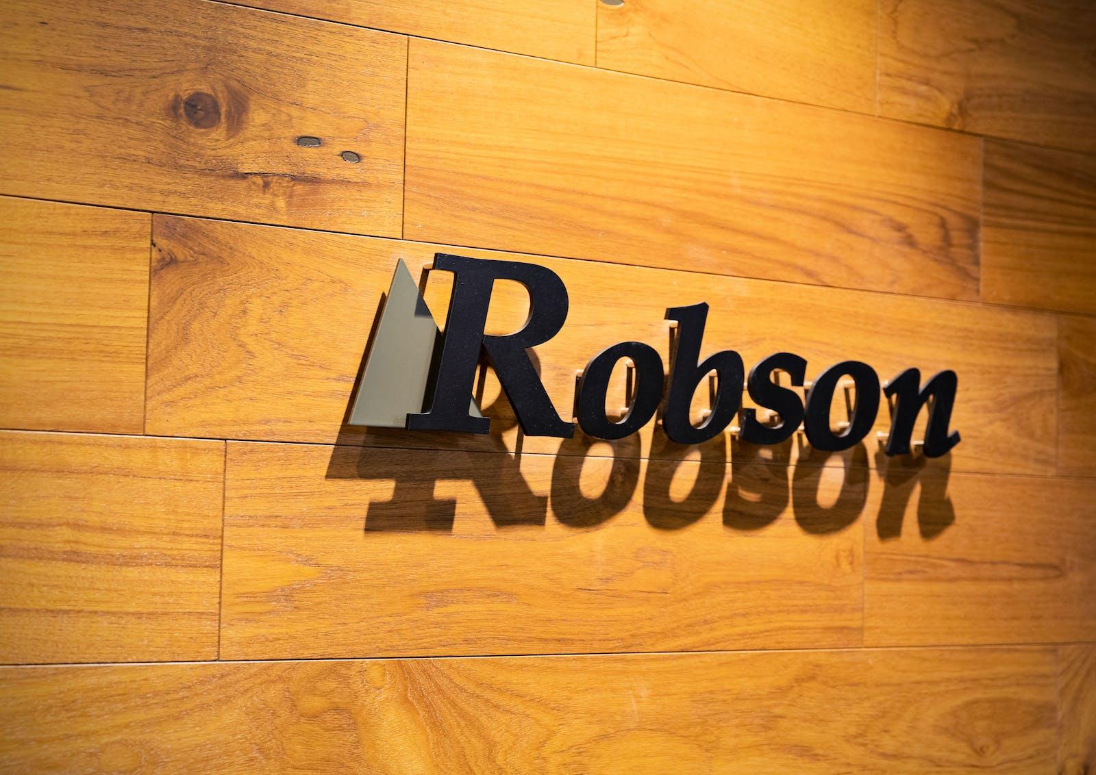 ロブソン株式会社のアイキャッチ画像